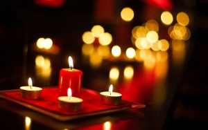 6791253-free-candle-wallpaper