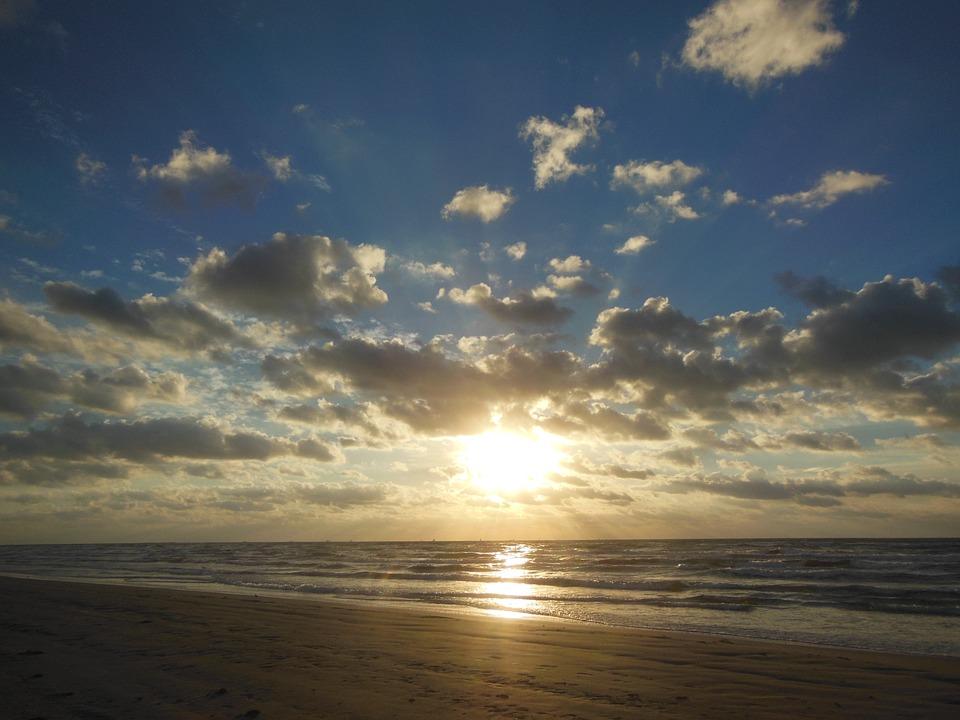 sunrise-1142786_960_720